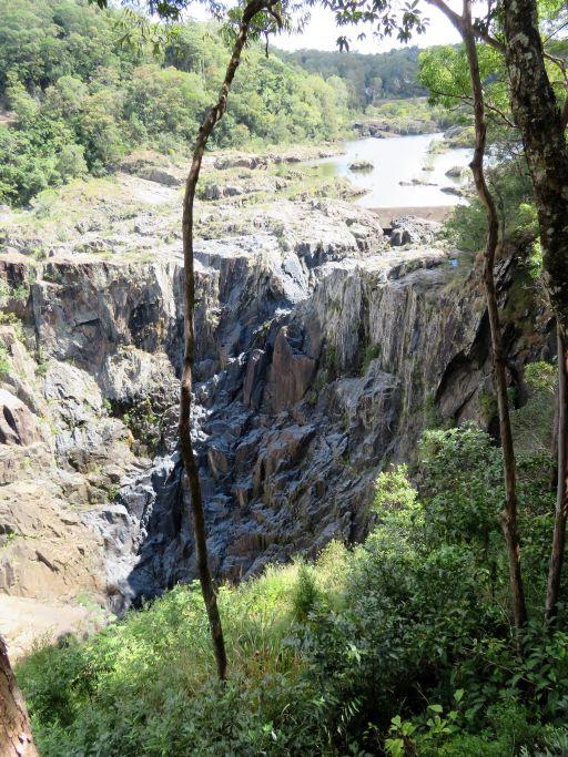 Kuranda Wasserfall 1