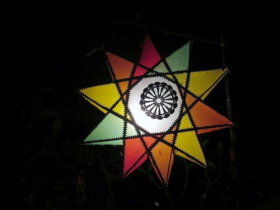 Leuchtender-Lampion