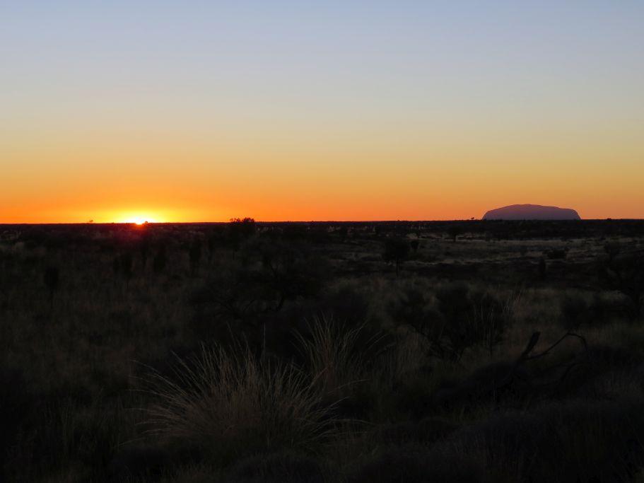 Sonnenaufgang Uluru 2